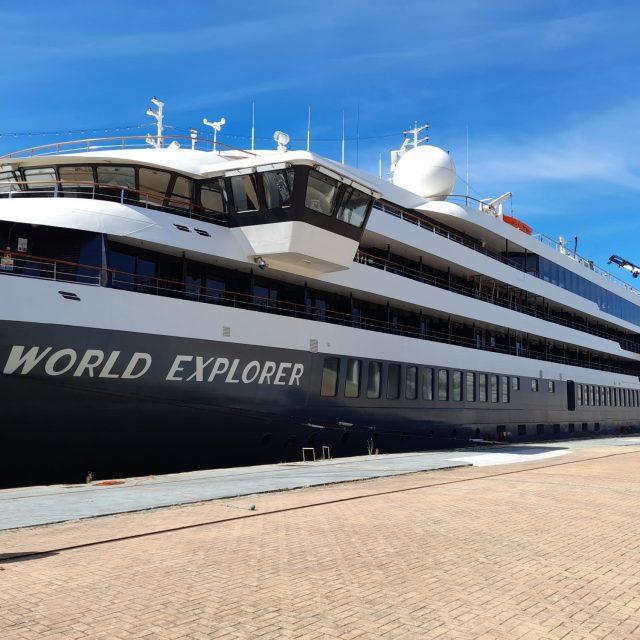 Marítima Consiflet consigna el crucero polar World Explorer en Vigo